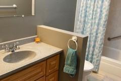 8b_bathroom_4